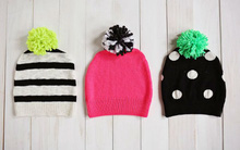 Biến áo len cũ thành mũ len siêu cute