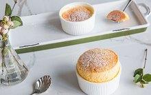 Cách làm bánh Souffle bông mịn chuẩn ngon chưa từng thấy
