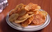 Dùng lò vi sóng làm snack khoai tây giòn tan trong nháy mắt!
