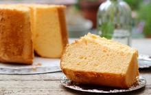 Thử chinh phục món bánh chiffon cam xốp mịn như mây bạn nhé!