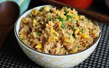 Học bí quyết rang cơm đơn giản mà ngon của người Nhật