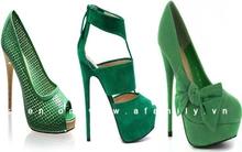 """""""Mê tít"""" với giày màu xanh lá cây lạ và chất"""