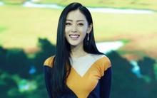 """Diện đồ """"kín như bưng"""", Trương Thiên Ái vẫn đẹp hút mắt nhìn"""