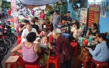 Rằm tháng 7, người Sài Gòn nườm nượp đổ về phố ẩm thực chay 40 năm tuổi đời