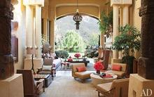 Ngôi nhà rộng... 2300 m2 của vợ chồng Will Smith