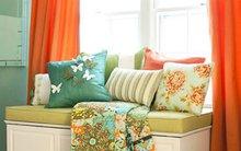 Phòng ngủ quyến rũ với điểm nhấn màu cam