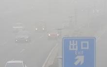 Sương mù gây náo loạn giao thông Trung Quốc