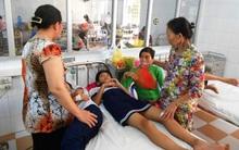 Uống thuốc tẩy giun, 7 học sinh nhập viện