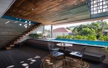 """Ngất ngây với ngôi nhà có bể bơi, khu giải trí hoành tráng ở """"khu Tây"""" của Sài Gòn"""