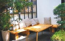 Sài Gòn có nhiều quán cà phê xinh đẹp, bình yên đến thế này thì cần gì