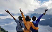 Lên đỉnh Lảo Thẩn, thấy lòng mình như trôi trong mây