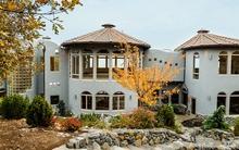 Bên trong ngôi nhà 138 tỷ đồng có thiết kế như đến từ thế giới của Harry Potter