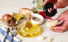 Hãy để 10 phụ kiện bếp xinh xắn dưới đây mang lại niềm vui trong nấu nướng cho bạn