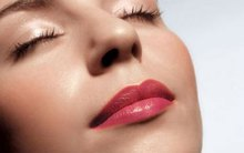 Dùng nhiều son môi khiến phụ nữ kém thông minh