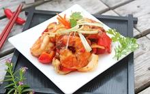 Hải sản xào chua ngọt đưa cơm bữa tối