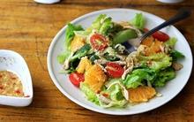 Vui mắt với món salad gà cực ngon