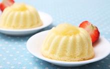 Xốp mềm món bánh bông lan nhân táo