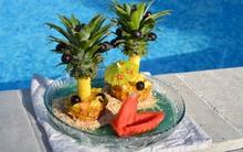 Cắt tỉa trái cây làm ốc đảo mùa hè siêu bắt mắt