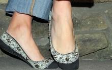 15 phút biến giày cũ thành giày ren mới cực sành điệu!