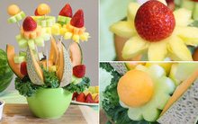 Cắt tỉa trái cây thành bình hoa trang trí xinh yêu