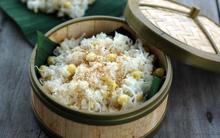 Bữa sáng ấm lòng với xôi dừa hạt sen