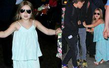 Harper đeo kính đen cực ngầu cùng gia đình trở về Anh