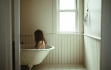 Khoa học chứng minh sự cô đơn còn nguy hại hơn hút 15 điếu thuốc một ngày
