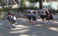 Con đường đến trường và những bài học thú vị về rèn tính tự lập cho trẻ