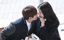 """Những """"nụ hôn đồ ăn"""" nổi tiếng trong phim Hàn"""