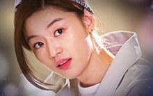 Nữ minh tinh Song Yi (Jun Ji Hyun) bị