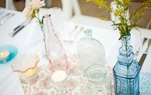 Tận dụng chai thủy tinh để trang trí nhà thật duyên dáng