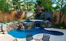 Những thiết kế bể bơi nhỏ mà đẹp cho sân vườn