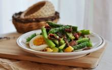 Salad măng tây ăn ngon mà thon dáng