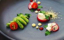Salad mùa hè ngon đẹp như nhà hàng