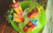 Kem trái cây mát lạnh đầy màu sắc và hương vị