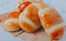 Bánh mì nhân dừa mềm thơm khó chối từ