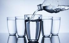 Khoa học chứng minh: Uống nước lọc không bù nước tốt bằng các loại nước sau...