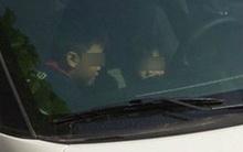 Hà Nội: Mẹ vào siêu thị, bỏ mặc 2 con nhỏ ngồi trong xe ô tô vẫn đang nổ máy