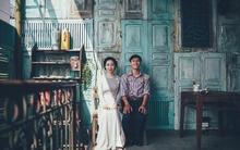 Yêu nhau lê la phố xá nên cưới cũng phải chất Hà Nội cổ kính và ngọt ngào như thế này mới chịu!