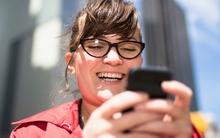 Phụ nữ dùng mạng xã hội nhiều đỡ bị stress hơn