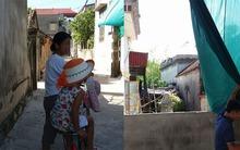 Hà Nội: Bé gái 3 tuổi hồn nhiên mách chuyện bị ông già hàng xóm 61 tuổi sờ