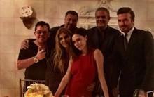 """Vợ chồng Beckham bên nhau tình tứ giữa tin đồn """"chia tay"""""""