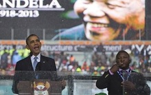 Phiên dịch vô trách nhiệm trong lễ tưởng niệm ông Mandela