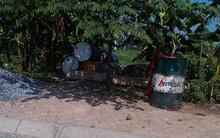 """Hốt bạc nhờ nghề """"tái chế dầu nhớt"""" ở Hà Nội"""