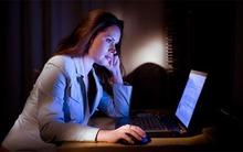 Làm việc ngoài giờ và những tác hại khôn lường đến sức khỏe