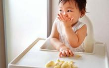Bác sĩ dinh dưỡng khuyên: Không phải bé nào cũng nên cho ăn dặm tự chỉ huy