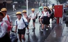 Cách người Nhật rèn tính tự lập cho trẻ: Vào lớp 1 phải tự đi bộ đến trường