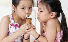 Chỉ mua 1 cây kem cho 2 đứa trẻ và những bài học dạy con đáng nể của mẹ Nhật