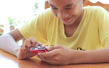 Học viện Y khoa Mỹ khuyến cáo chỉ nên cho trẻ tiếp xúc với màn hình điện tử dưới 1 giờ/ngày