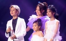 """The Voice Kids: Bảo Hân """"Về nhà đi con"""" khoe giọng ngọt ngào khi kết hợp cùng học trò Phạm Quỳnh Anh"""